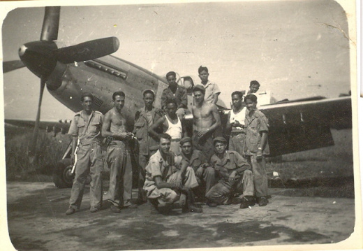 P-51 with KNIL crew